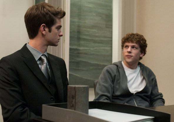 Jesse Eisenberg (Edwardo Saverin) and Andrew Garfield (Mark Zuckerberg) in The Social Network