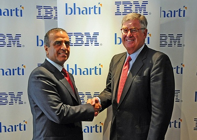 IBM Chairman and CEO Samuel J. Palmisano (right) and Bharti Airtel Chairman and Managing Director Sunil Bharti Mittal