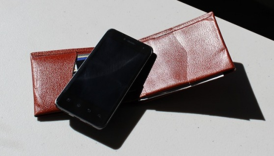 wallet-phone-digital-wallet