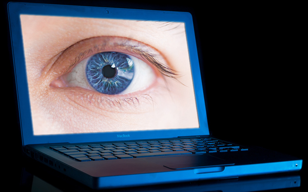 laptop-eye-privacy-600