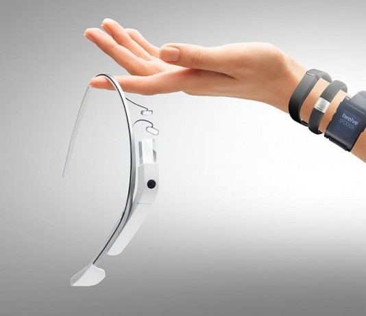 Wearable technology is the future of fashion. Image Credit: Hc online