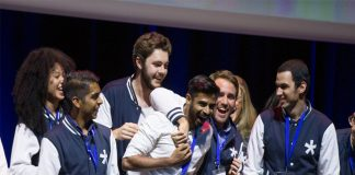 """Grand Winner Giraffe was awarded the Seedstars trophy and was crowned the """"Seedstars World Global Winner 2015"""" for their innovative solution to reduce unemployment in the emerging markets. Image Credit: Seedstars World"""