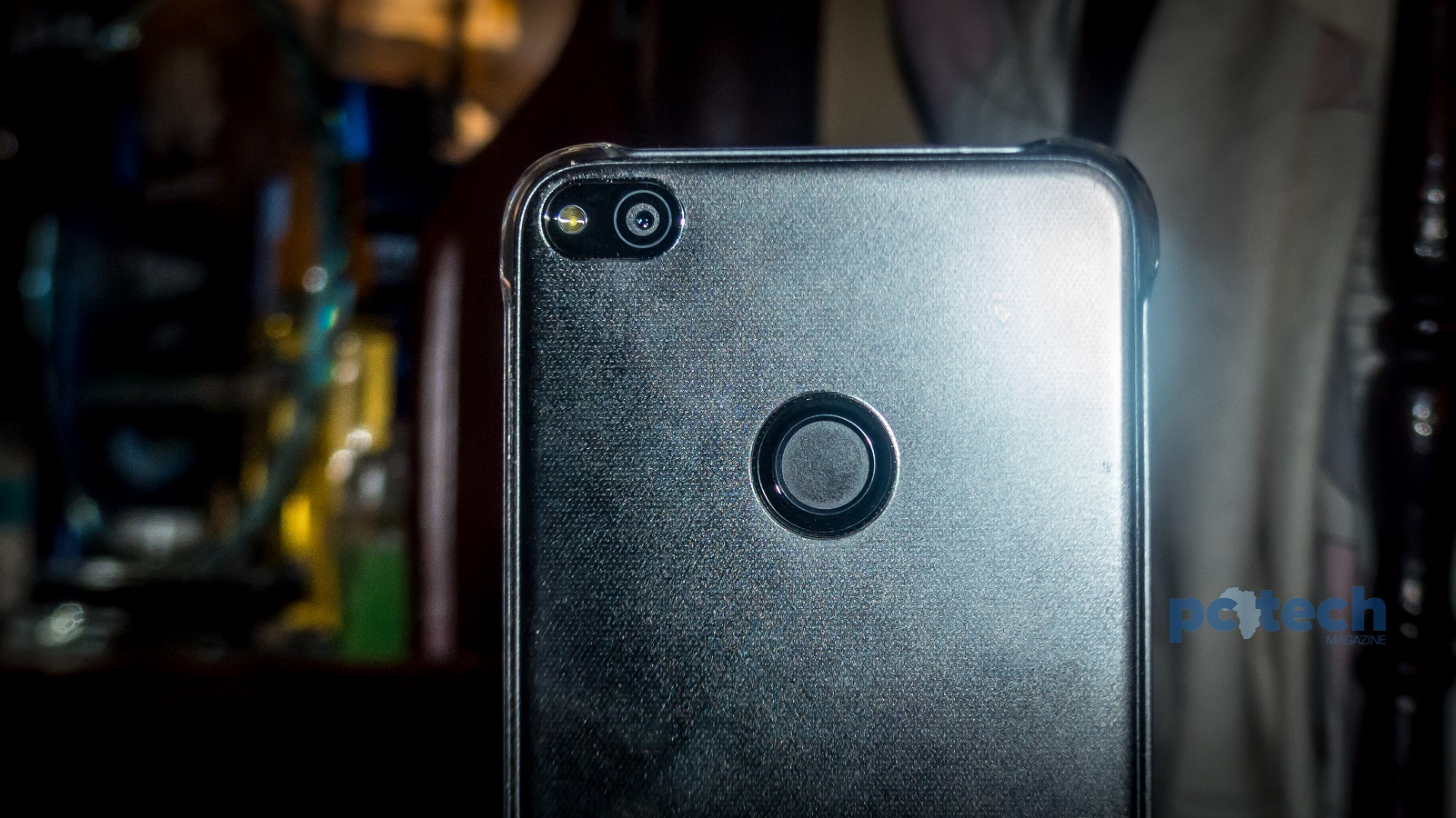 Huawei P8 Lite Review: Stylish, Elegant & Untypical Mid