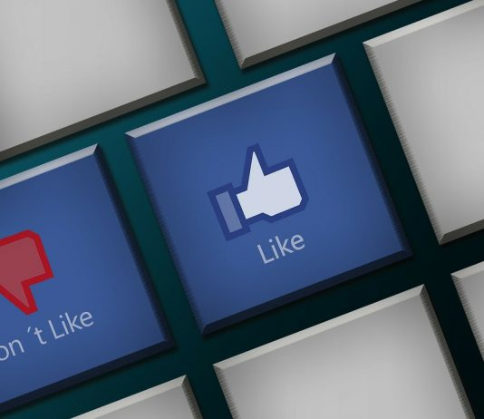 Facebook rumored dislike button might turn out to be the 'downvote' button. (Photo Courtesy: Amastra - Digital Marketing)