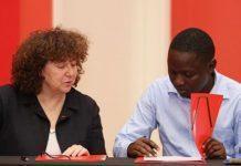 kLab and Finance Innovation sign MoU. (Photo Credit: Disrupt Africa)