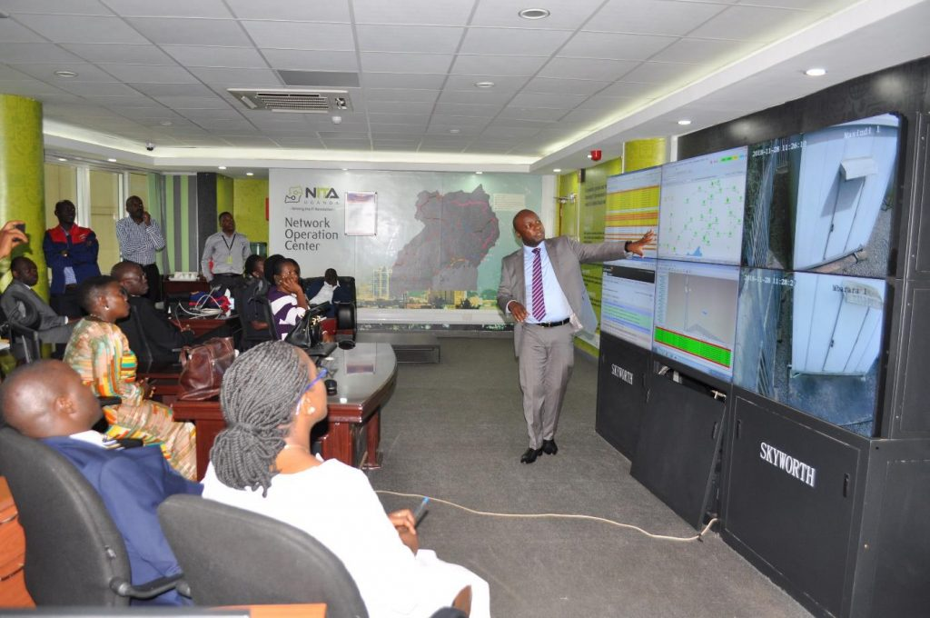 NITA-U's Peter Kahiigi explaining how the monitoring of Government infrastructure is undertaken.