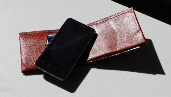 wallet-phone-digital-wallet
