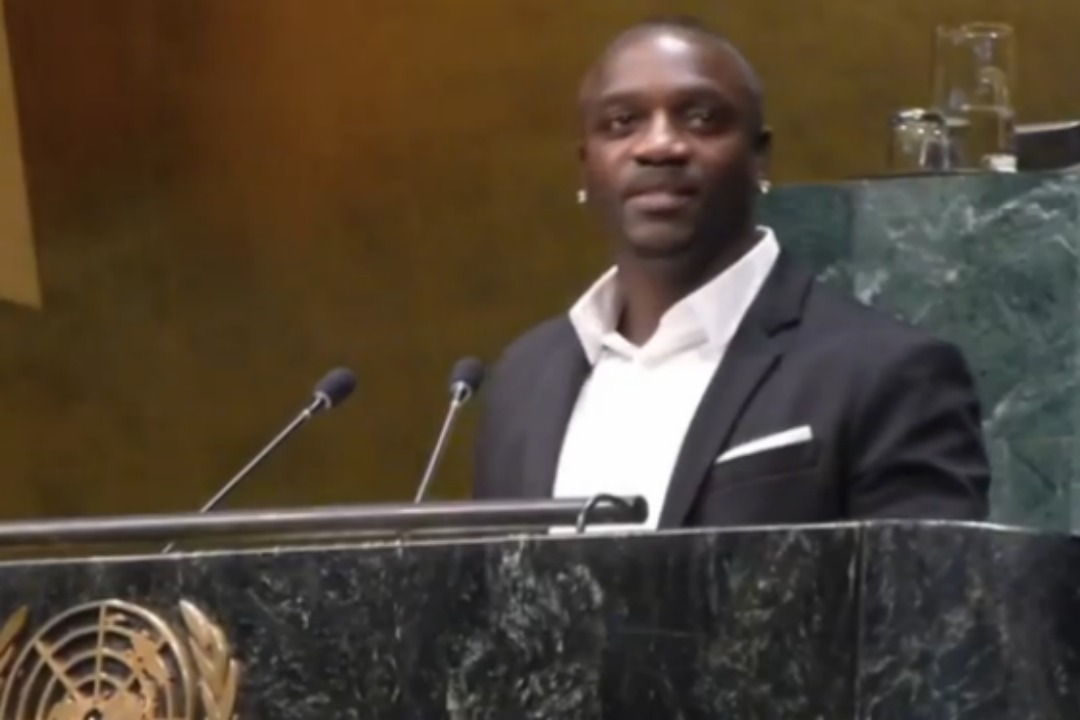 "Photo of Akon Launches ""Solar Academy"" That Will Supply Electricity To 600 Million Africans"