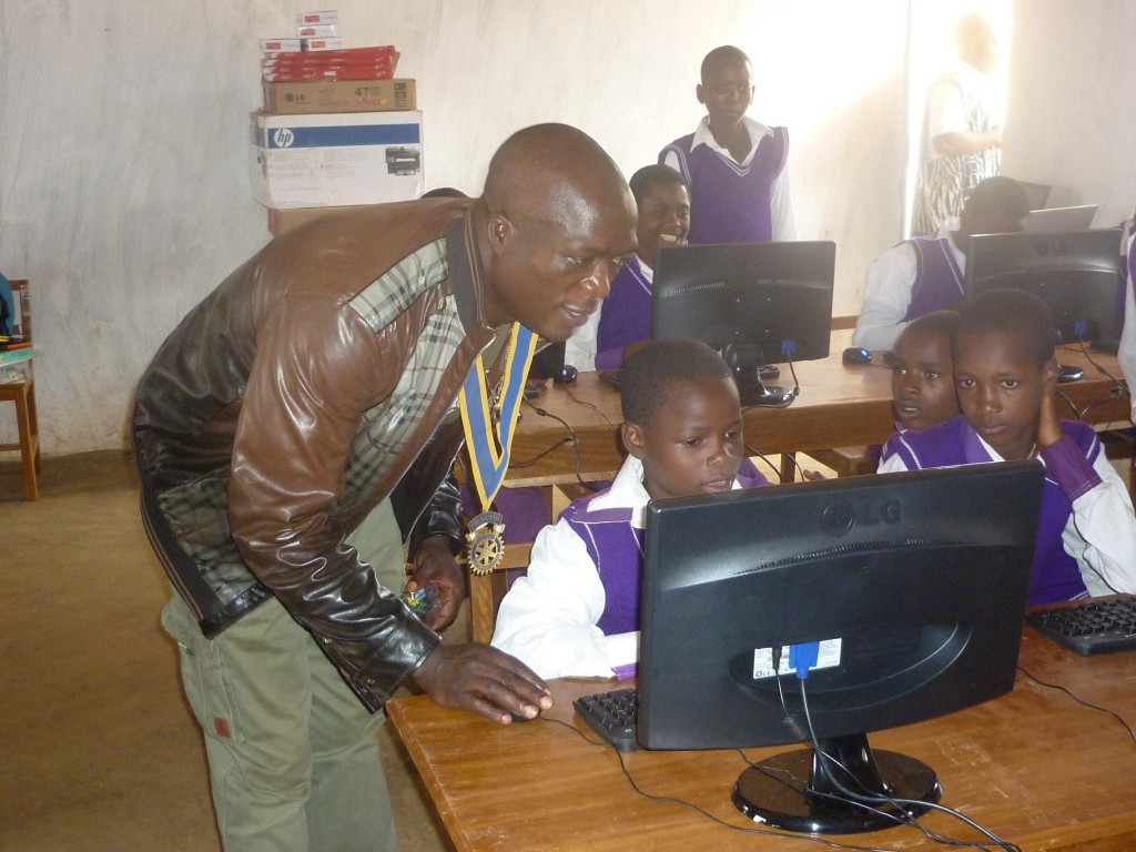 Photo of eLearning Africa Report: ICTs boosting growth but teachers reluctant to change