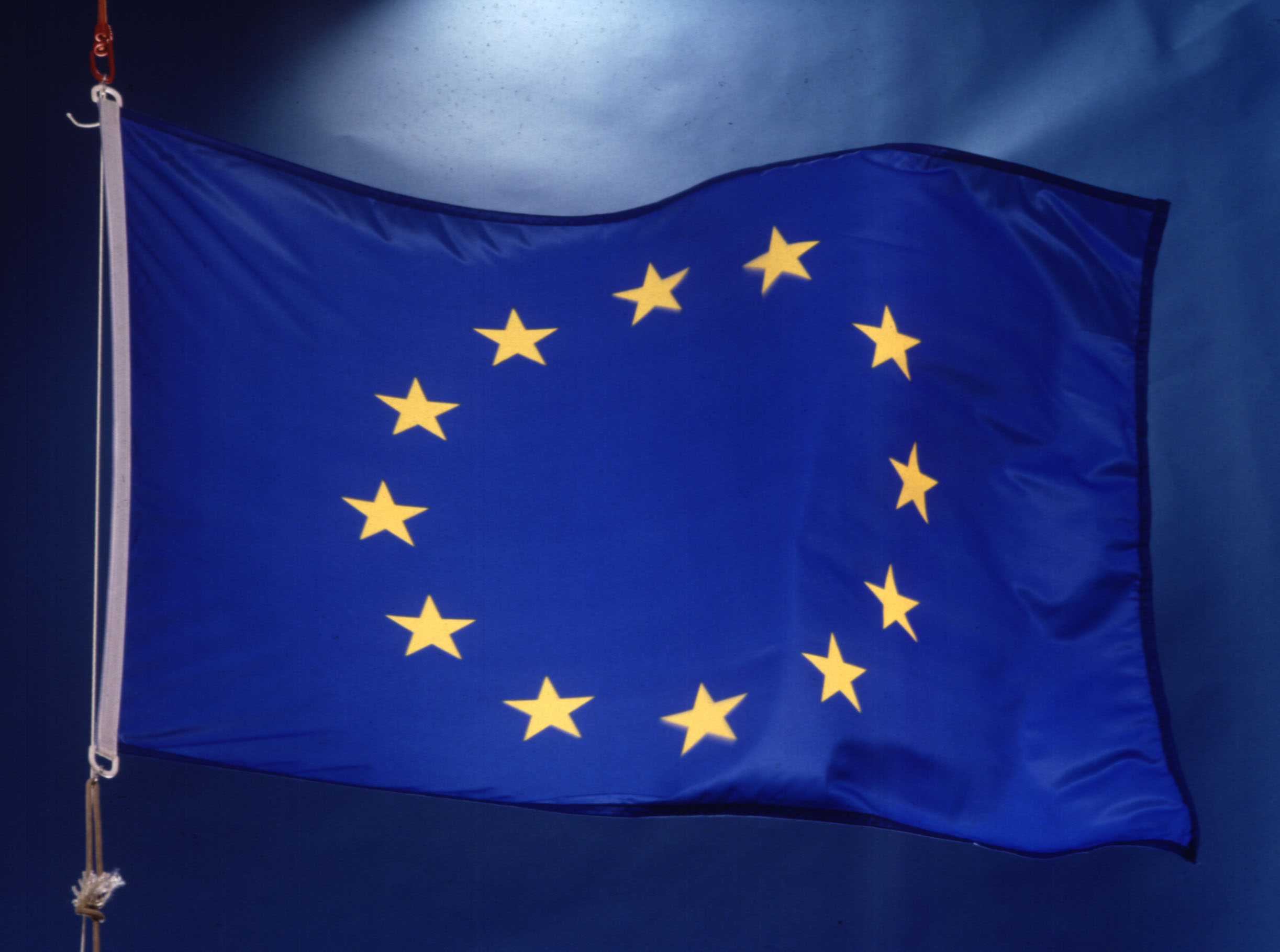 Photo of The European Parliament has voted to approve new rules for Internet providers