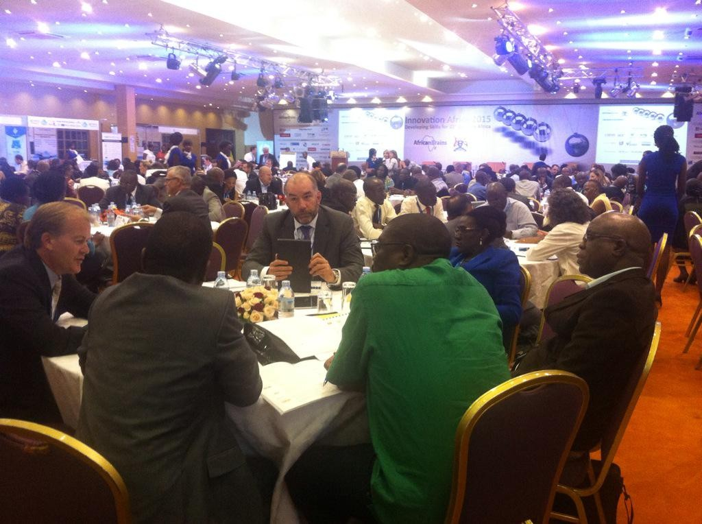 The afternoon sessions have been dedicated to pre-scheduled meetings between governments and private sector players