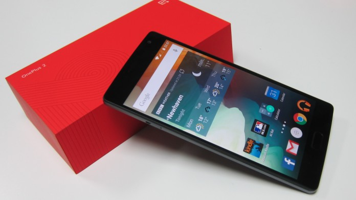 The OyxgenOS 2.2.2 update for the OnePlus 2 smartphone fixes dual SIM preference selection issues in settings. Image Credit: Forbes