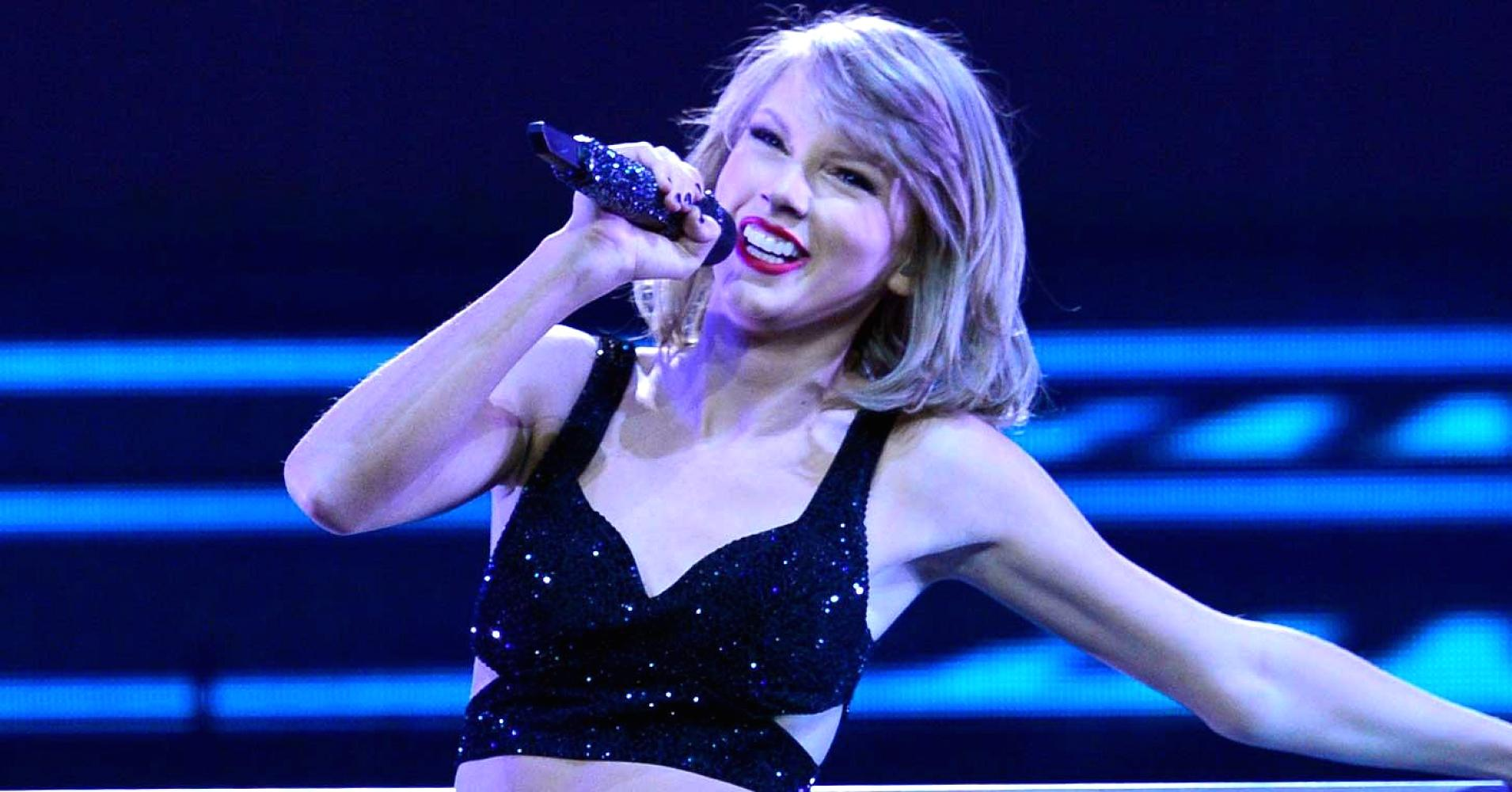 Apple Inc won a deal with pop star Taylor Swift to exclusively release a concert video of her recent world tour through its music streaming service. Image Credit: Daily Read List