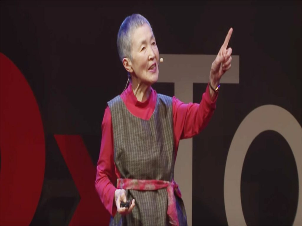 81-year-old Masako Wakamiya has challenged the norms that older people can't understand the advancing technology, and creates her first mobile app for iOS users, she called, 'Hinadan'.