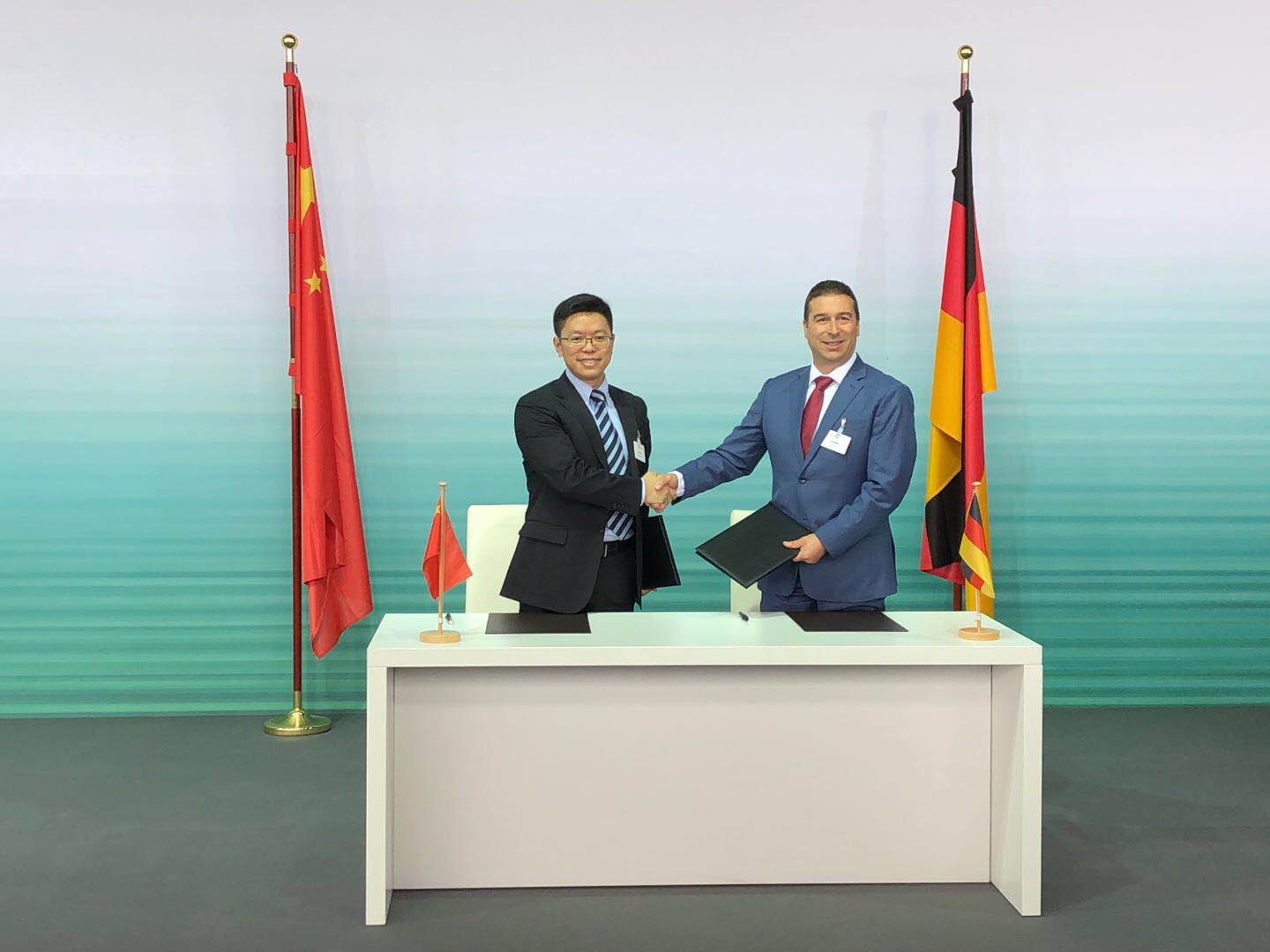 Photo of Huawei, Audi Sign an MoU To Develop Intelligent Connected Vehicles