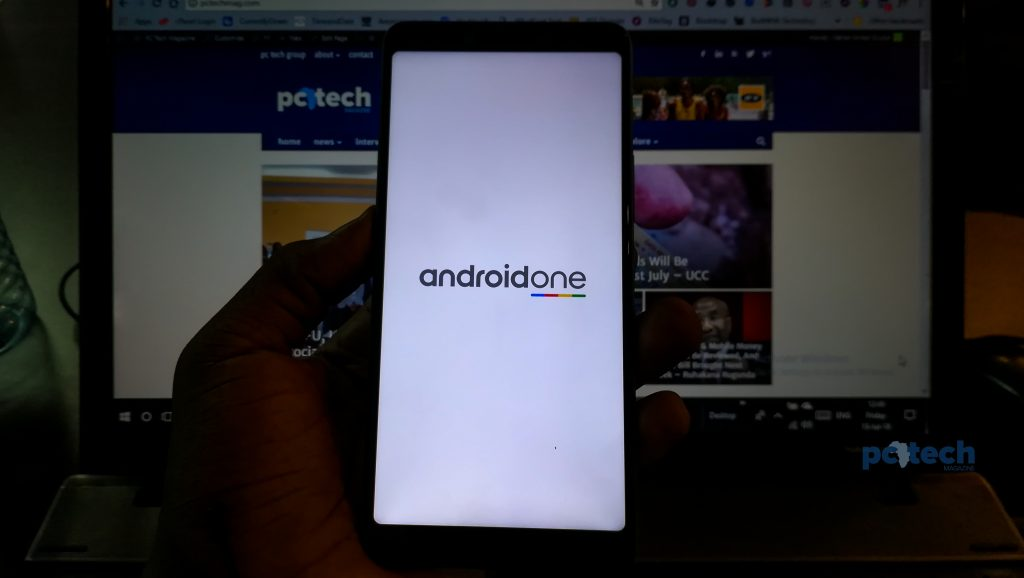 The Infinix Note 5 is part of Google's Android One Project. Ditches its XOS UI leaves two pre-installed application; carlcare, and xclub.