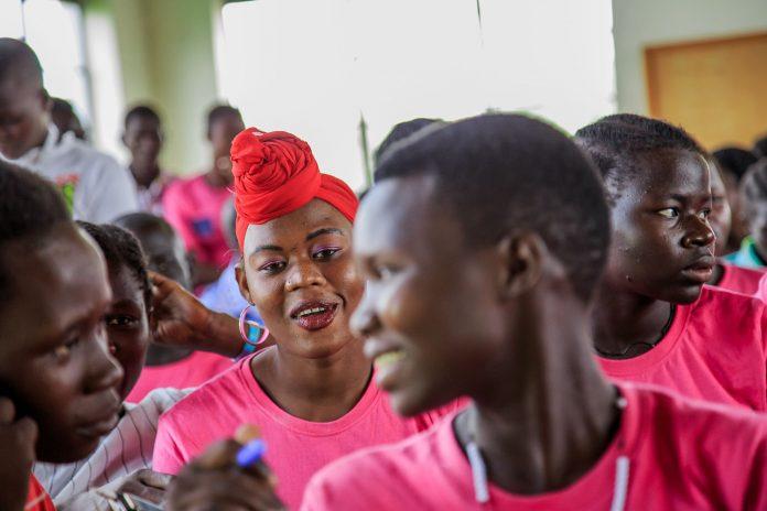 Escort girls Adjumani