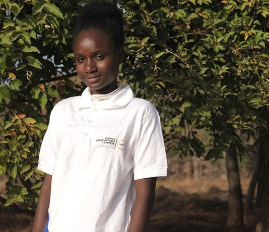 Mame Diarra Sarr is one of the winners of the seed-fund, and she developed an efficient way of producing organic strawberries locally in Senegal at an affordable cost.