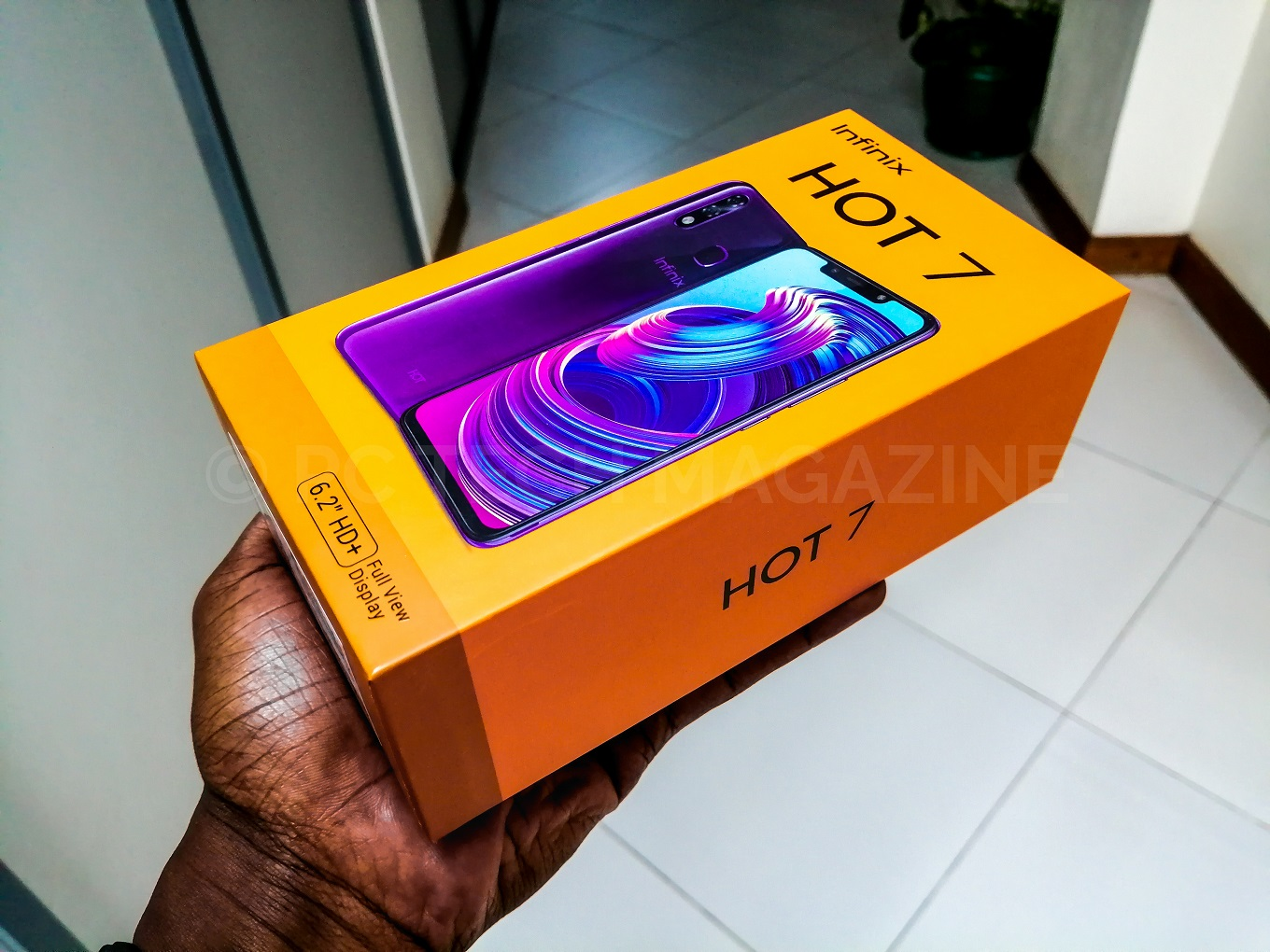 The Infinix Hot 7 comes in a Cosmic Purple color option as well | Photo by : PC TECH MAGAZINE/Olupot Nathan Ernest.