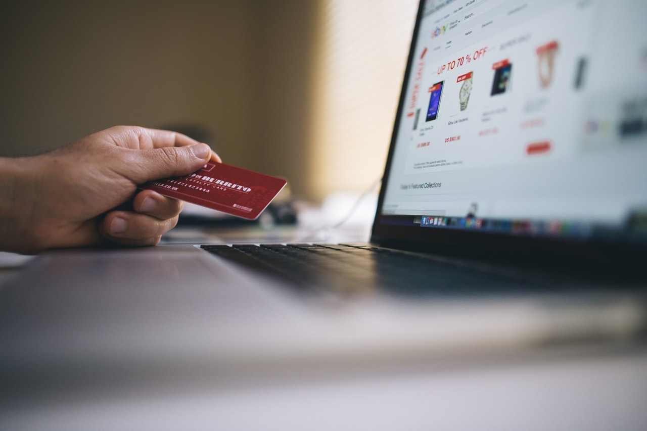 Photo of Online Shopping is Good, But Poses a Number of Risks