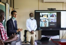 Photo of Huawei Donates Video Conferencing Equipment to the Ministry of Health to Battle COVID-19