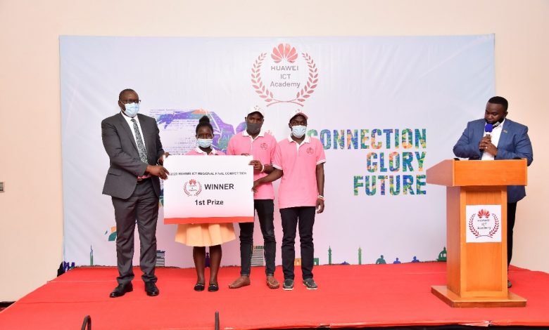 Hon. Bagiire Vicent Waiswa with the winners Doreen Nalwoga, Shaffick Nyanzi and Emmanuel Kiguli at a Huawei award ceremony press conference at Serena Hotel on Monday 12th, October 2020. Courtesy Photo